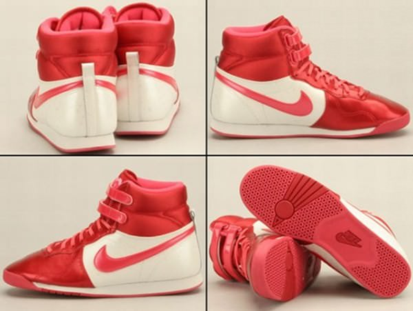 Nike WMNS Aerofit High - Valentine's Day 2010