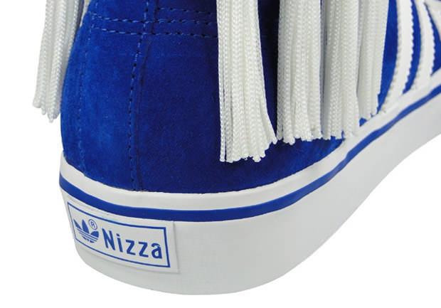 http://nicekicks.com/files/2010/02/adidas-originals-by-originals-nizza-hi-by-jeremy-scott-9.jpg