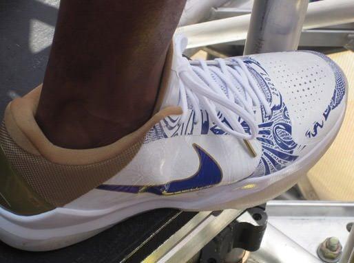"Nike Zoom Kobe V ""Championship Parade"""