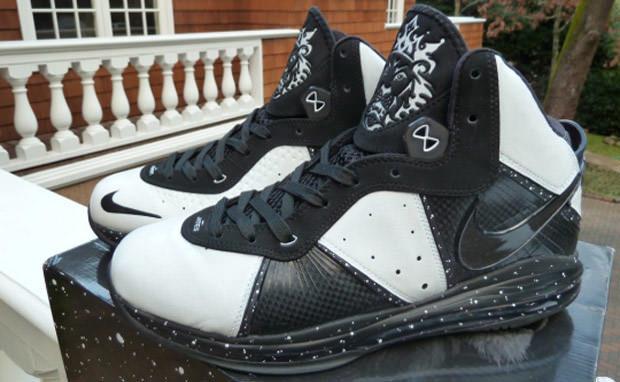 "Nike LeBron 8 ""Oreo"""