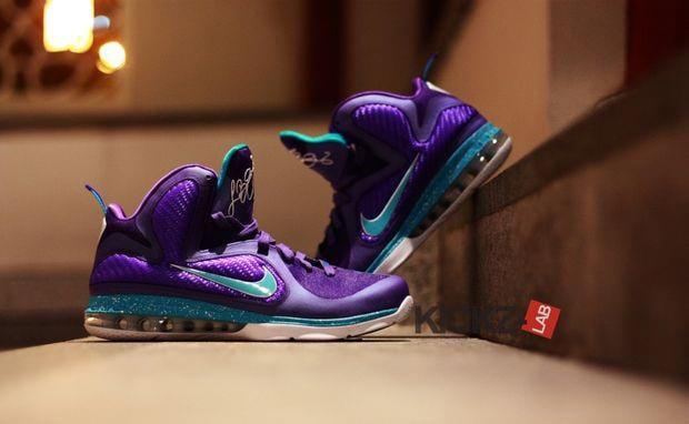 sale retailer e181f d2391 Nike LeBron 9