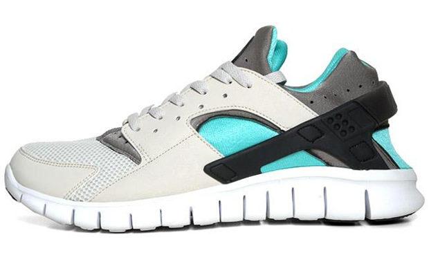 Nike Air Huarache Free Light Bone/Soft Grey-Calypso