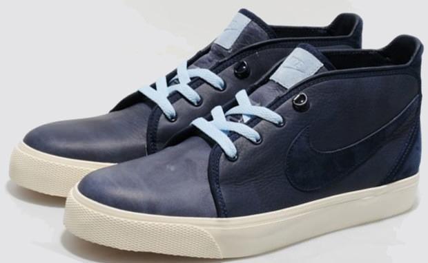 Nike Toki Navy/Pastel Blue