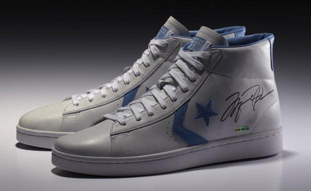 Michael Jordan x Converse Limited Edition Signed Commemorative Pack