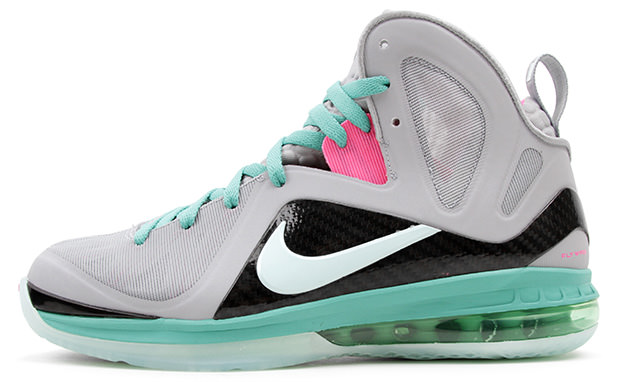 NIKE_LEBRON_9_PS_ELITE_WOLF_GREY_MINT_CANDY_NEW_GREEN_PINK_FLASH_1