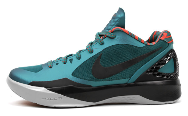 "Nike Zoom Hyperdunk 2011 Low ""Lush Teal"""