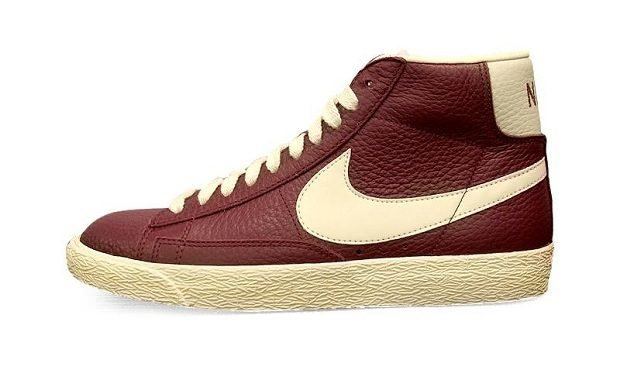 Nike WMNS Blazer Mid