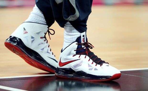 LeBron James Debuts the Nike LeBron X