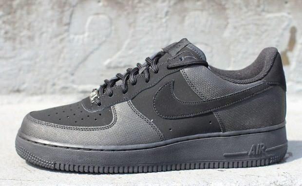 "Nike Air Force 1 Low ""Black Nubuck"""