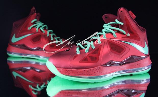 """Nike LeBron X """"Christmas"""""""