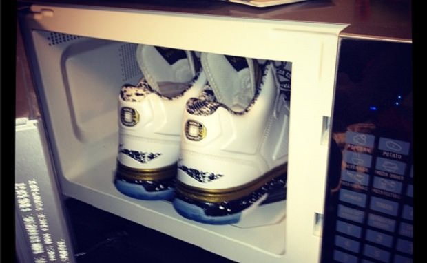 "Li-Ning Way of Wade ""Dynasty"" Collection Preview"