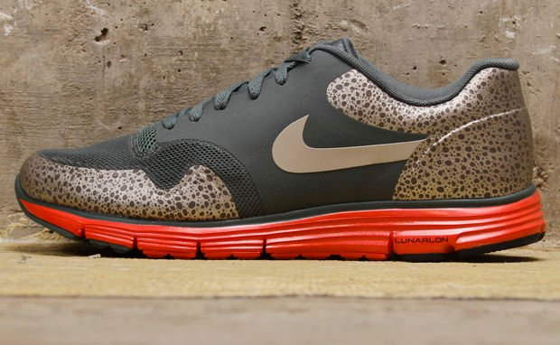 Nike Lunar Safari Fuse+ Hasta Granite Sunburst