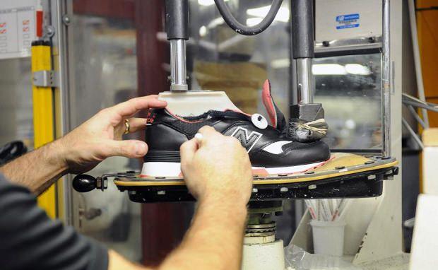 "Making the size? x Staple Design x New Balance 577 ""Black Pigeon"""