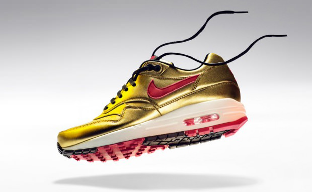 "Nike WMNS Air Max 1 ""Metallic Gold"""