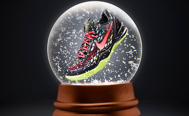 KOBE_8_SYSTEM_Xmas_colorway_original