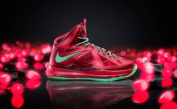 LEBRON_X_Xmas_colorway_original