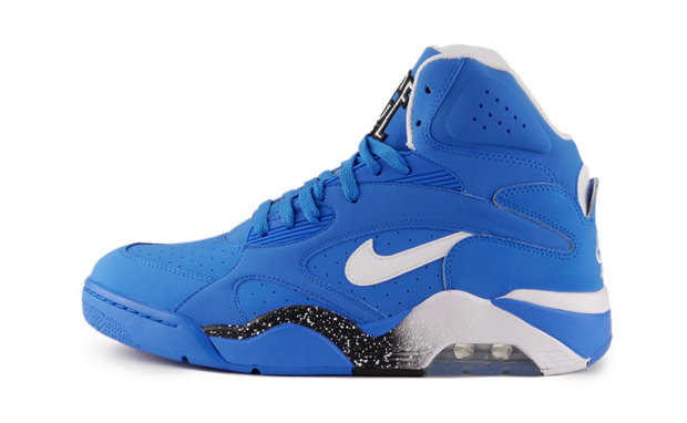 "#PairADayGiveaway Day 14: Nike Air Force 180 Mid ""Photo Blue"""
