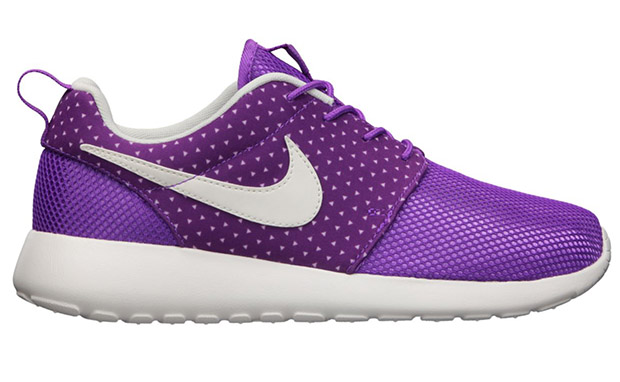 Nike WMNS Roshe Run Laser Purple