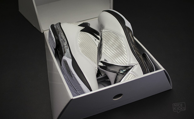 Unboxing the Air Jordan 2009