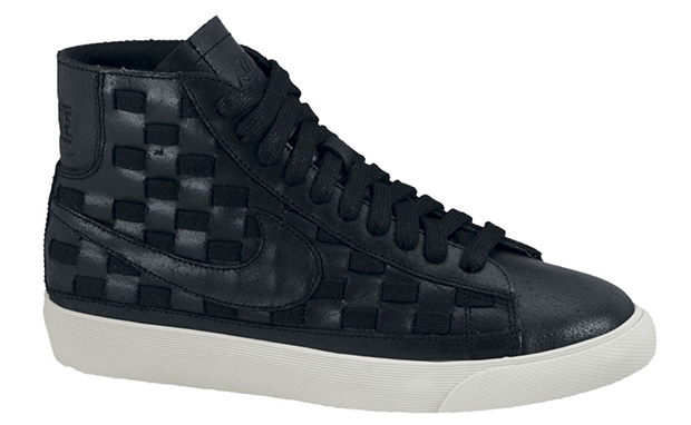 Nike WMNS Blazer Mid Woven Black/Sail
