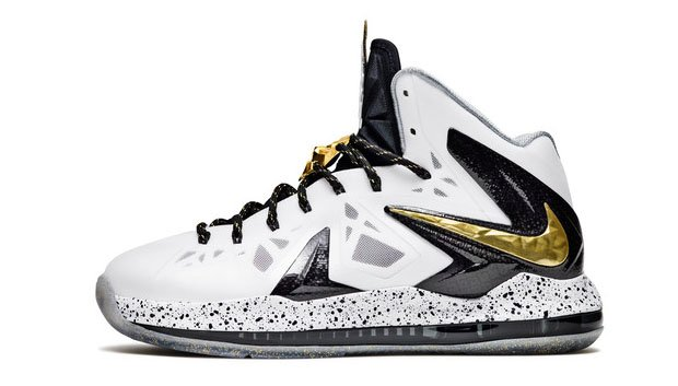 Under armour basketball shoes charge black