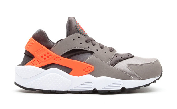 Nike Air Huarache Grey/Crimson