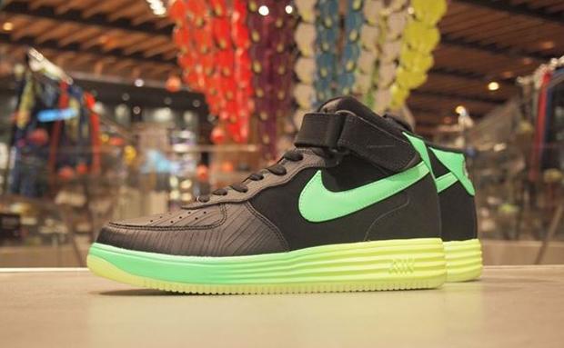 Nike Lunar Force 1 Mid LTHR BlackVolt