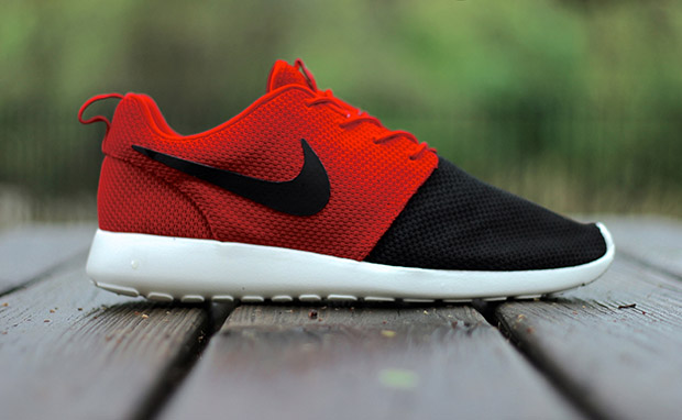 "Nike Roshe Run ""Black Kap"" Custom"