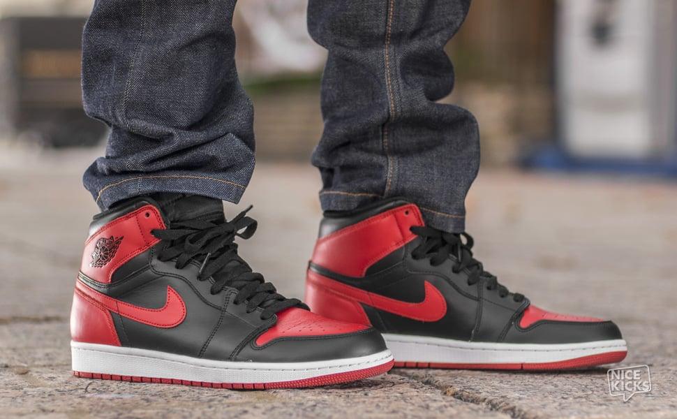 12.20.13-Air-Jordan-1-Retro-High-OG-On-Foot-1