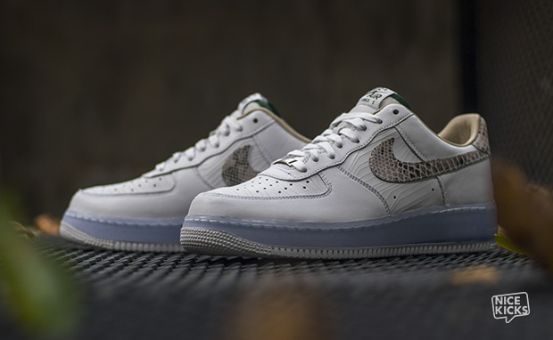 Les chaussures Nike Air Force One Low Premium E Possivel