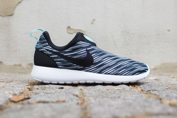 competitive price 3299f 3a8b2 nike roshe without laces