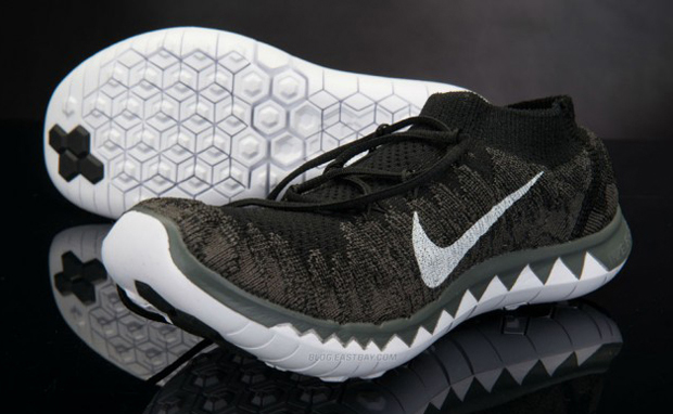 Nike Flyknit Free Run 3.0