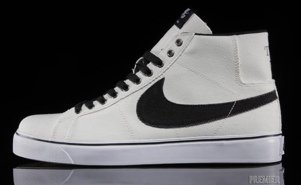 Nike SB Blazer Canvas