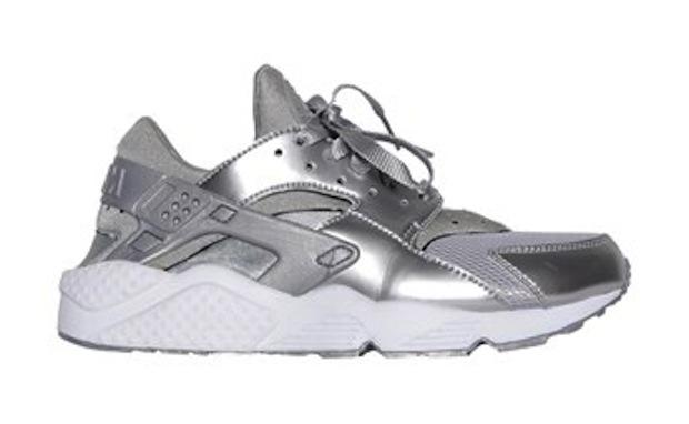 Nike-Air-Huarache-Metallic-Silver-4
