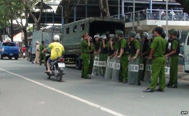 Footwear Maker Yue Yuen Suspends Vietnam Production Amid Protests