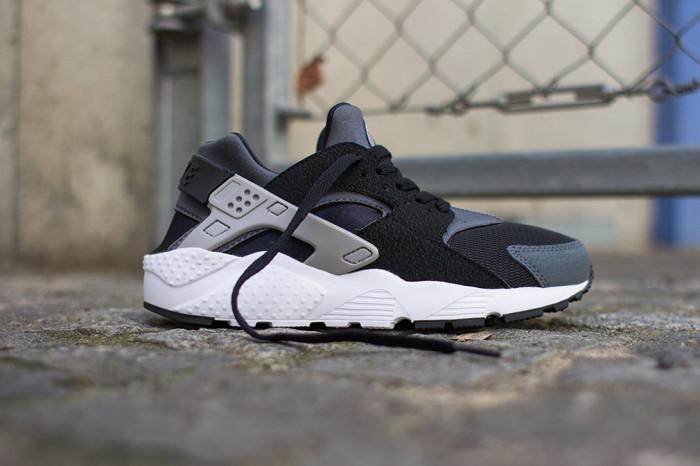 Nike Air Huarache GS Black Grey White