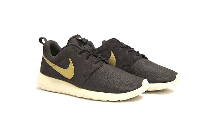 Nike Roshe Brown