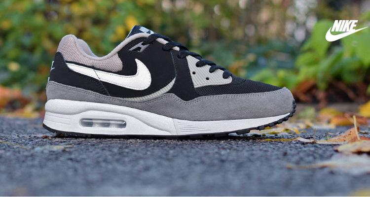 Mens Lumière Nike Air Max Chaussures De Course Essentiel