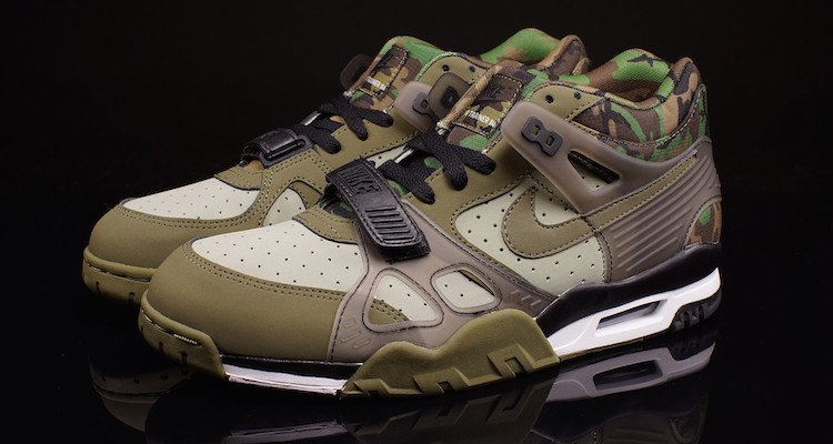 nike air camouflage trainers