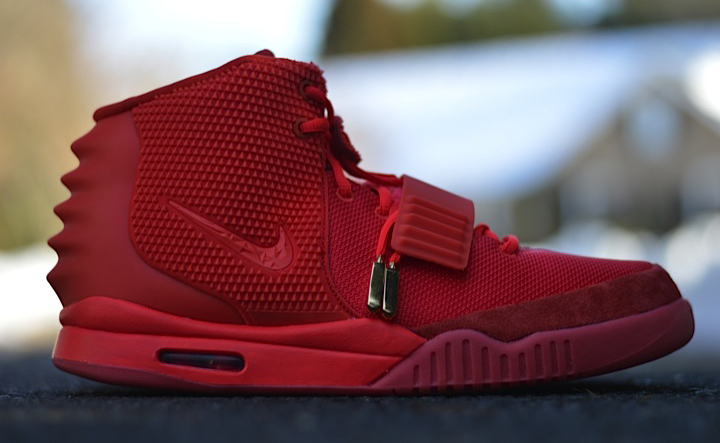 nike-air-yeezy-2-red-october-1