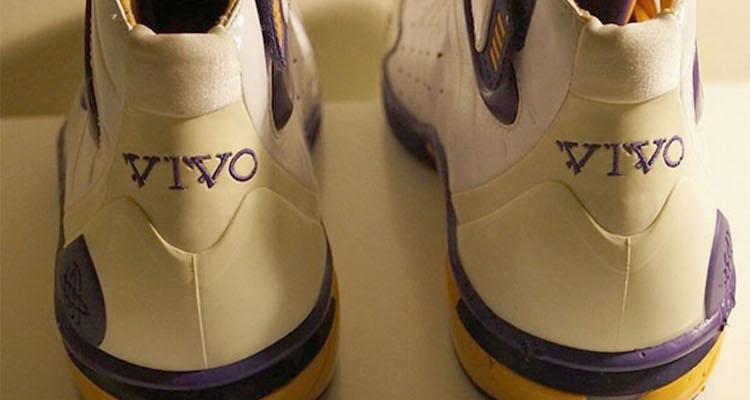 Nike Air Zoom Huarache 2K4 Vivo Kobe Bryant PE