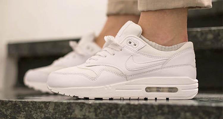 nike air max 1 white on feet
