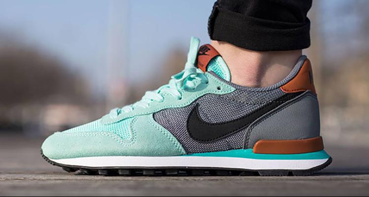 premium selection ce547 06240 Nike Internationalist Gets Teal Update for Spring Nice Kick ...