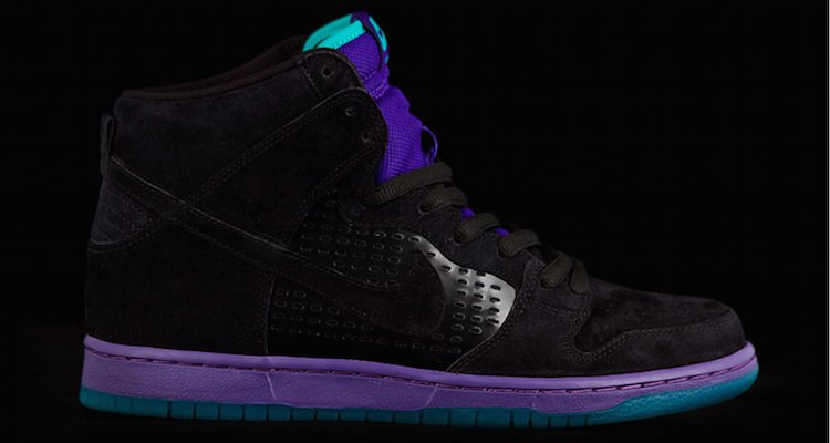 Check out a Detailed Look at the Nike SB Dunk High Grape