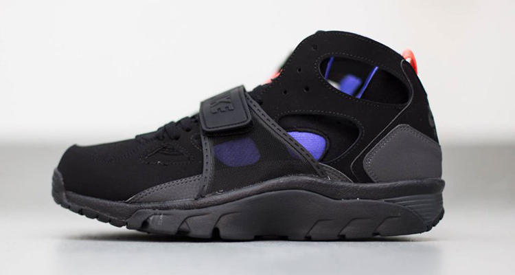 nike air trainer huarache black anthracite persian violet available now nice kicks. Black Bedroom Furniture Sets. Home Design Ideas