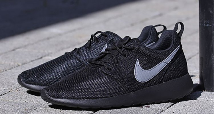nike roshe run black cool grey available now nice kicks. Black Bedroom Furniture Sets. Home Design Ideas