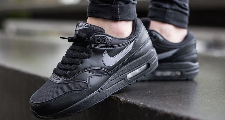 Nike Air Max 1 GS Black/Cool Grey Available Now | Nice Kicks