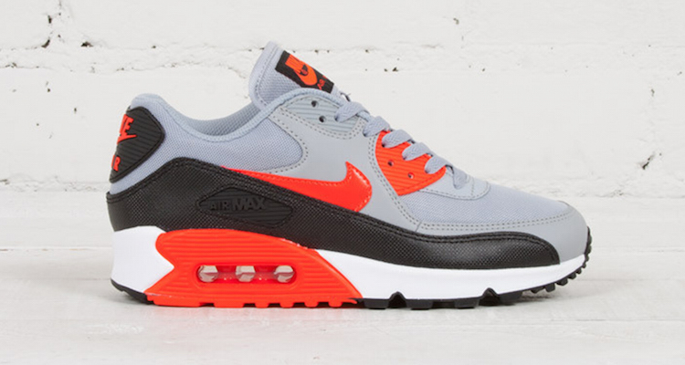 Nike WMNS Air Max 90 Essential Wolf GreyInfrared Available