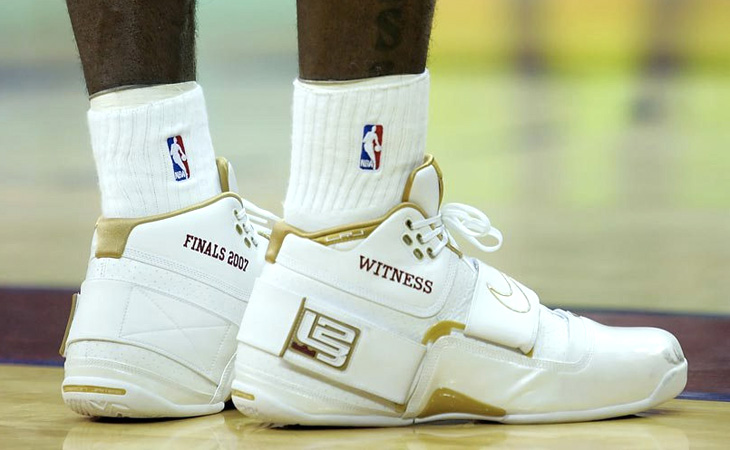 lebron shoes 2016 finals. kicks on court classic // all of the shoes lebron james has worn in nba finals | nice lebron 2016 t