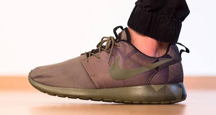 Nike Roshe Run ...